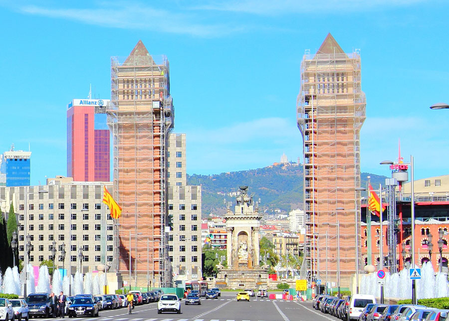 Gate to Barcelona, Spain