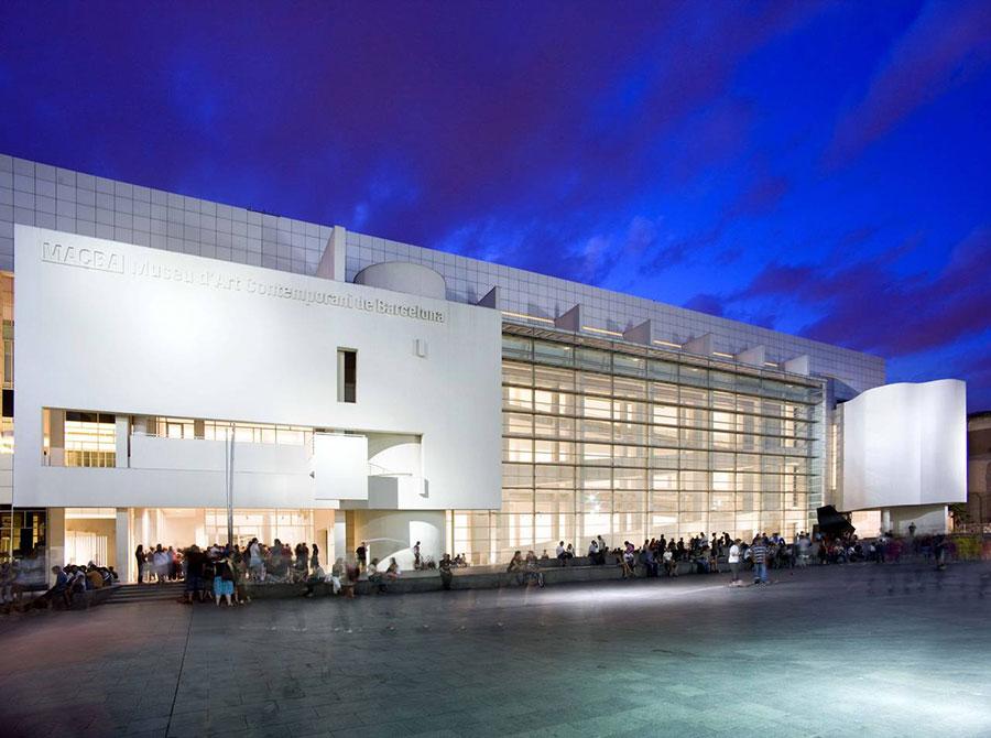 Museu d'Art Contemporani de Barcelona (MACBA), Barcelona at evening
