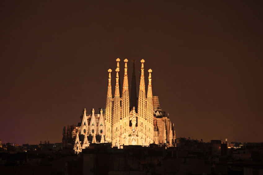 Barcelona Sagrada Familia at night