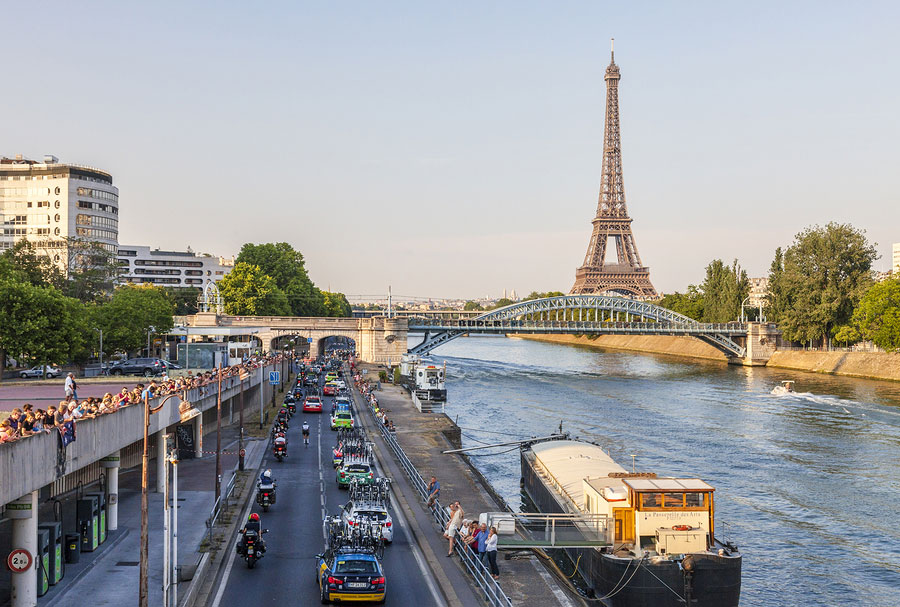 Peloton Tour de France, Eiffel view
